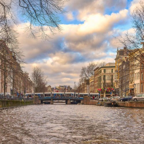 architecture-buildings-canal-1006032